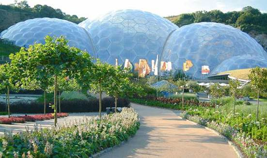 Walk at Eden Project